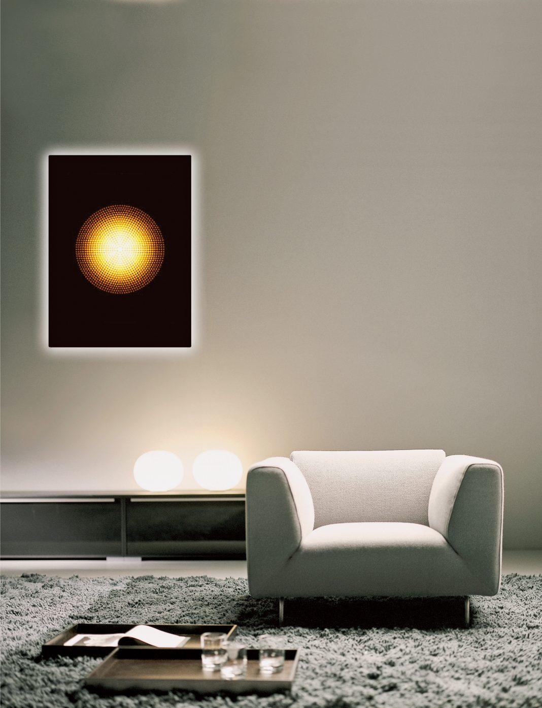 Atmosphäre pur: Mit den innovativen LAVA Design-Infrarotheizkörpern von ETHERMA zieht nicht nur wohlige Wärme in den Wohnraum ein, sondern auch ein stylisches Ambiente. (Foto: epr/ETHERMA)