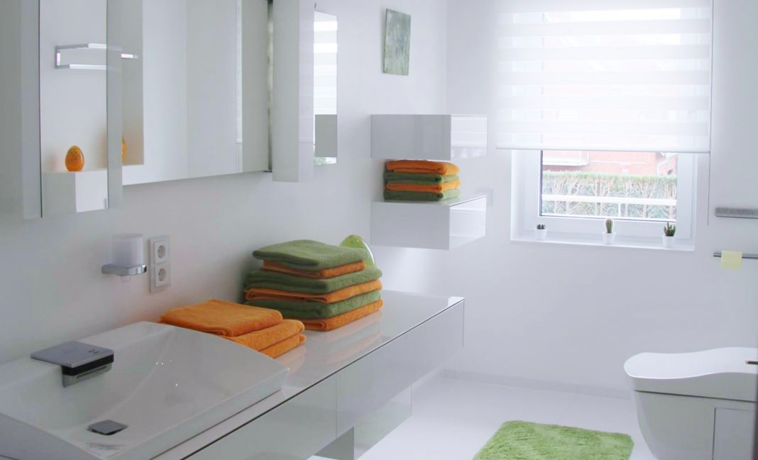 Waschtisch Toto WC