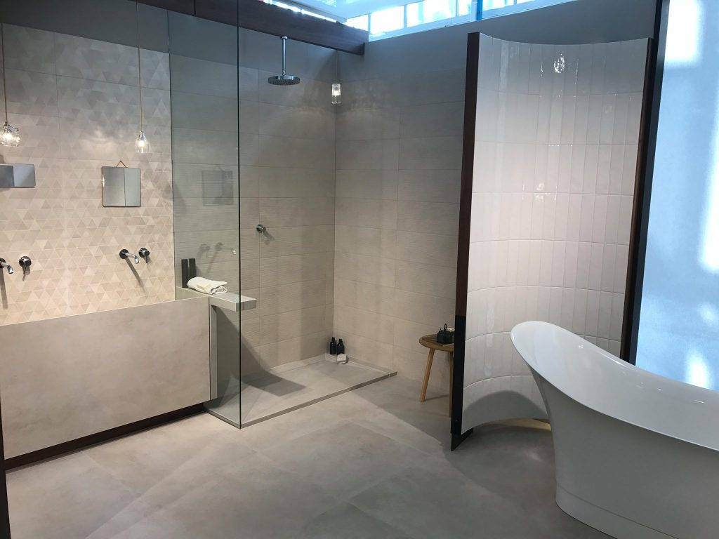 Badezimmer hersteller china hersteller verborgenes bad for Hersteller badezimmer