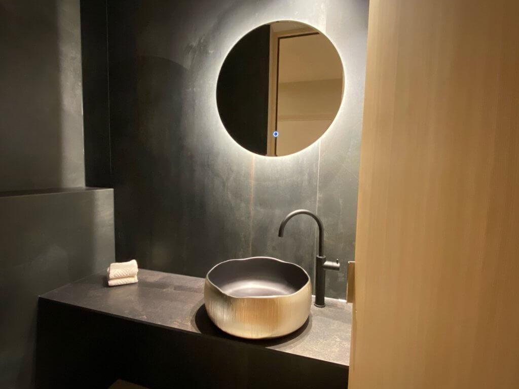 Goldene Waschbecken Waschtische